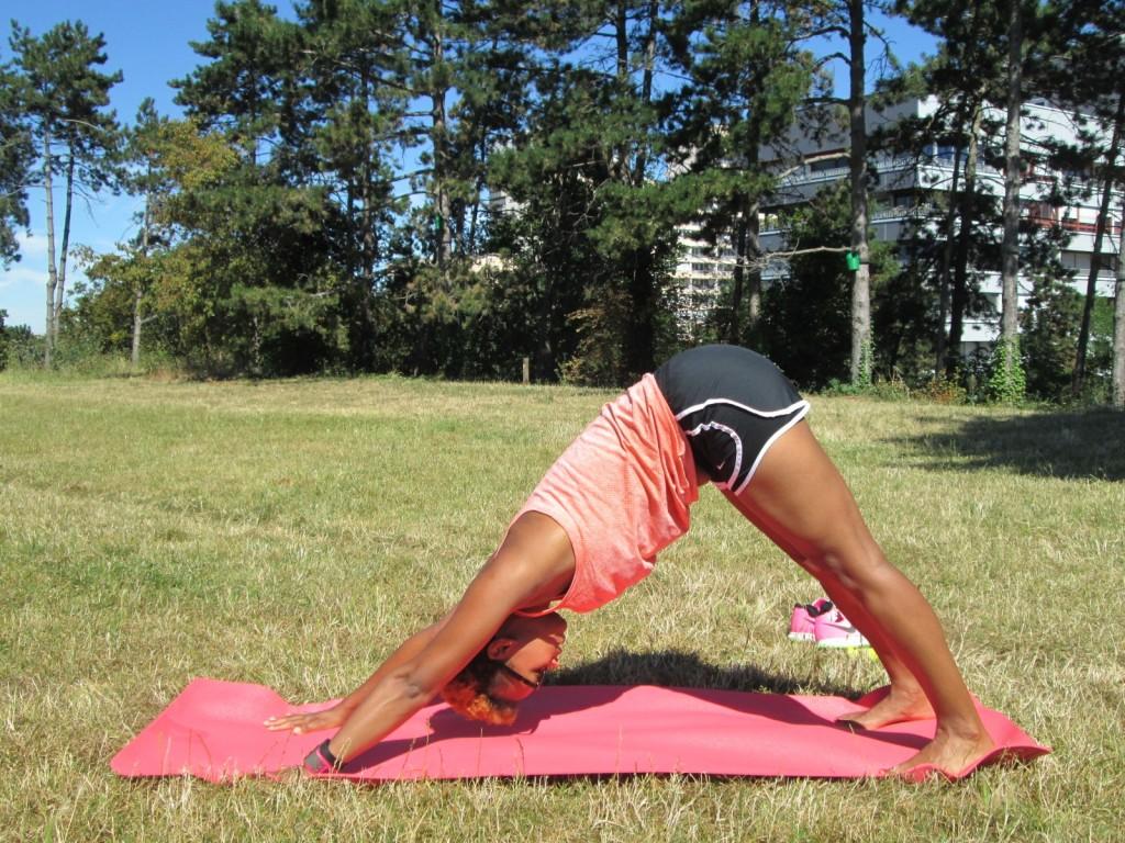 Etirements running - yoga - chien tête en bas