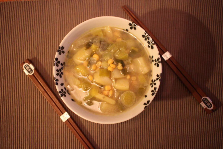 Recette facile : bouillon de pommes de terre et poireaux